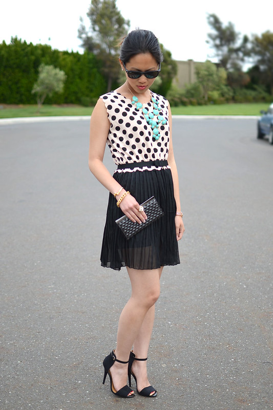 Oasap polka dot pleats dress