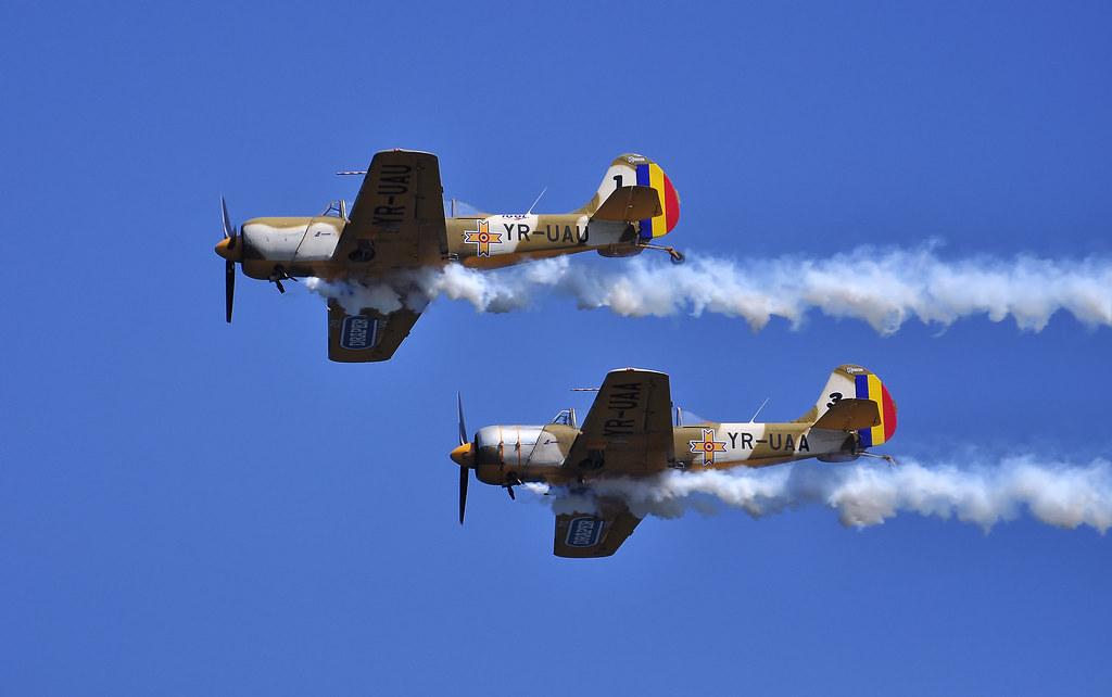AeroNautic Show Surduc 2012 - Poze 7489975238_631257e15b_b