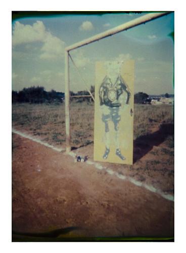 A bola e o Goleiro | Polaroid Pinhole Camera by GregOne Brasil