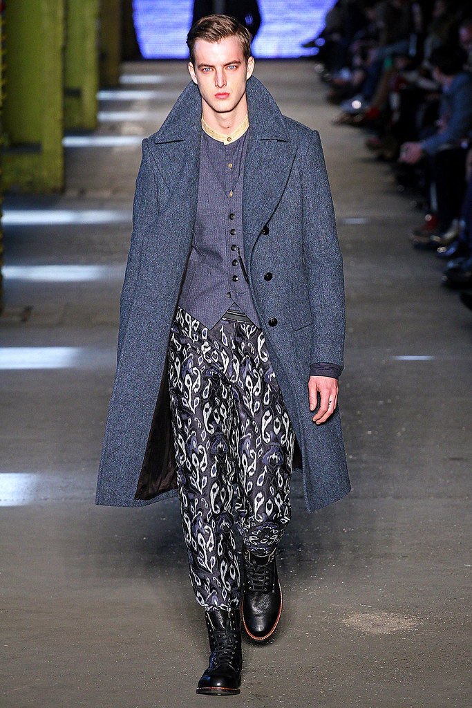 James Smith3619_FW12 NY Rag & Bone(VOGUE)