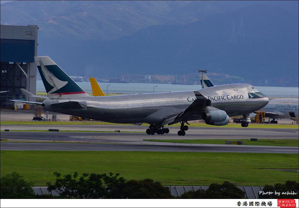 Cathay Pacific Airways / B-HUO / Hong Kong International Airport