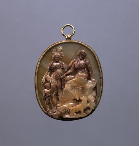 Chalcedony Graeco-Roman Pendant