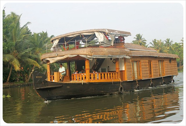 backwaters kerala houseboat