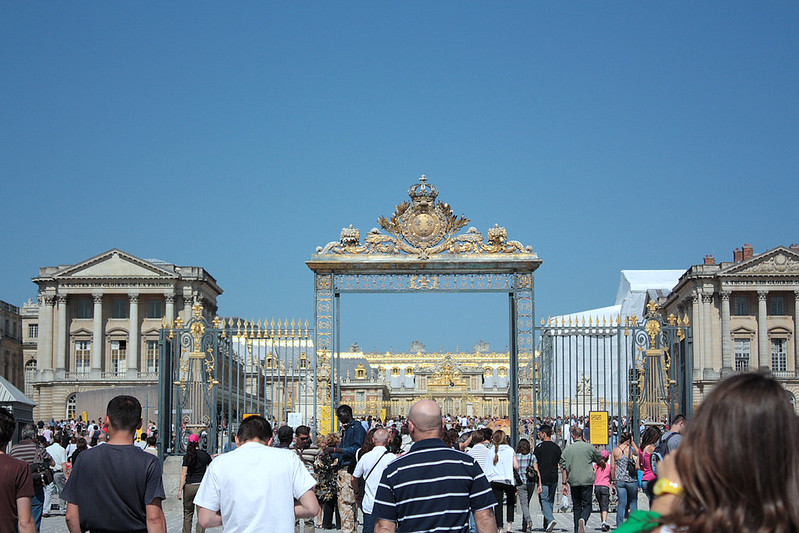 entrance to Chateau de Versailles