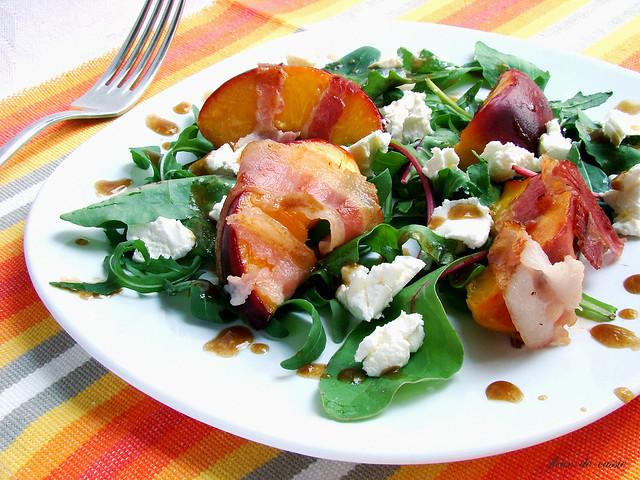 салат персик-бекон 3