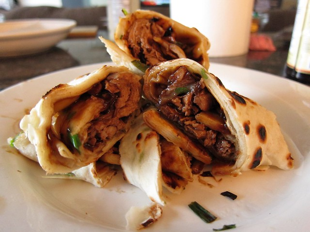Hoisin beef roll