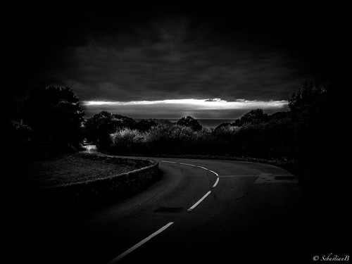 sunset night cycling evening downhill riding specialized iphone blackwhitephotos iphoneography
