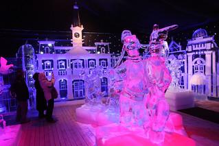 Festival de esculturas de hielo y nieve, en Brujas.