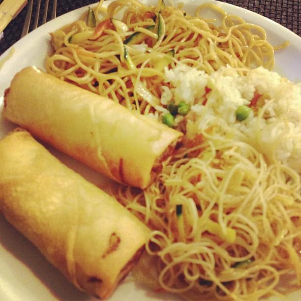 E proviamo questo #sushi #wok #bari #food #gnambox #cibo #giapponese #manga
