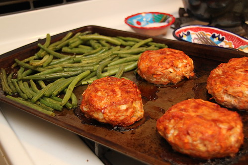 Mini Turkey Meatloaf and maple glazed green beans