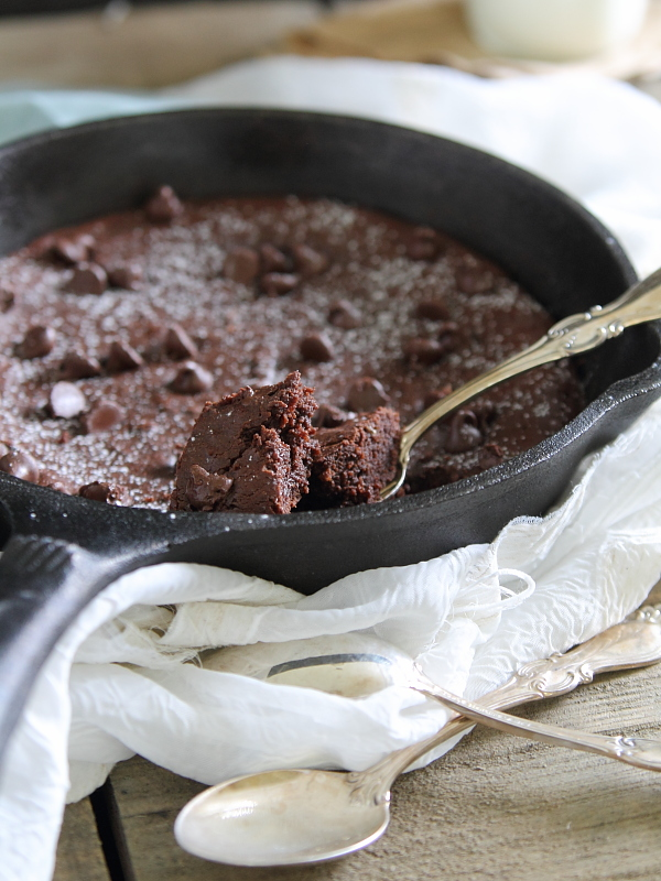 Paleo cast iron skillet brownies