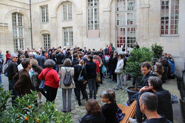 Les bibliothécaires parisiens contre l'ouverture le dimanche