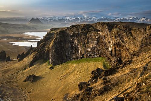 iceland vik ísland seacliffs icecap mýrdalsjökull dyrhólaey