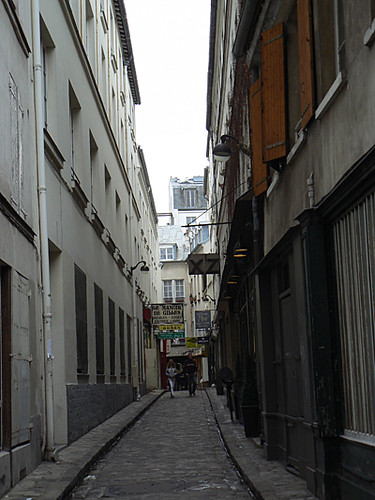 passage rue du chantier 1.jpg