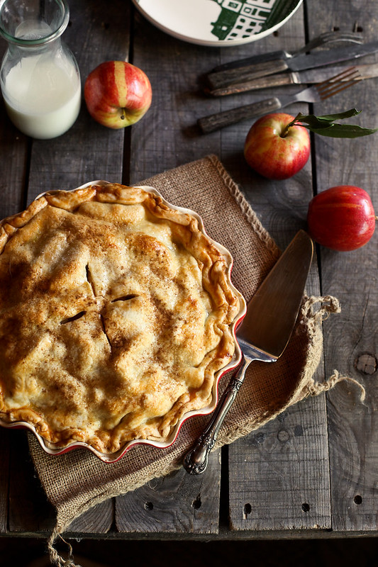 Cider Caramel Apple Pie | honey & jam | Pinterest Picks - Apple Recipes