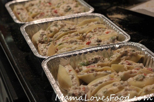 Sausage and Peppers Stuffed Shells