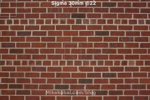 Sigma_30mm22_onNex7