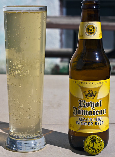 Review: Royal Jamaican Alcoholic Beer (Big City Brewing) by Cody La Bière