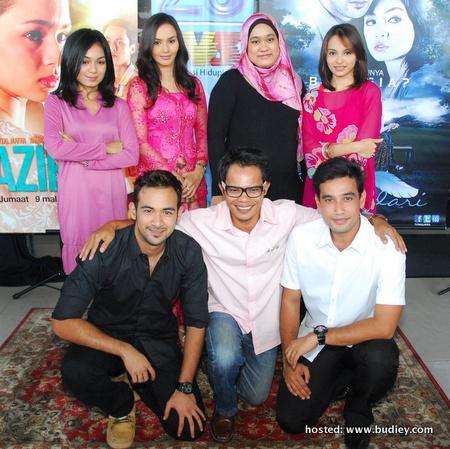 Barisan Pelakon Bukan Bidadari Bersama Pengarah Faizal Ishak &Amp; Penulis Skrip Zuliana Ismail