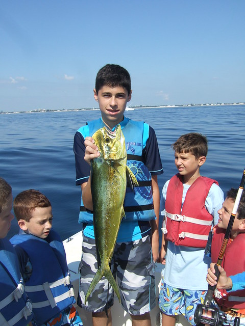 Neil catches a nice mahi mahi