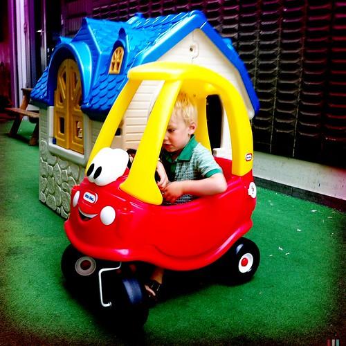 villa met automobiel