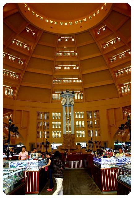 phnom penh central market ceiling