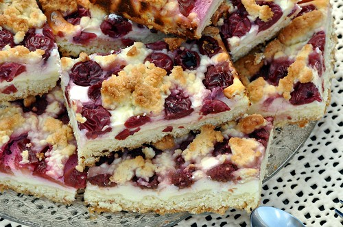 Quark Streuselkuchen mit Kirschen