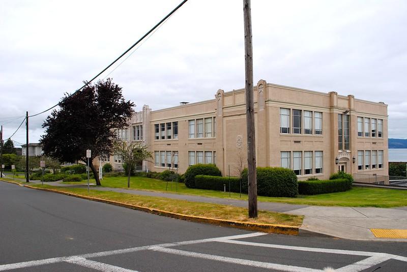 John Jacob Astor Elementary