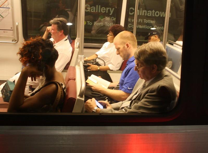 04a.WMATA.GalleryPlaceChinatown.WDC.16August2011