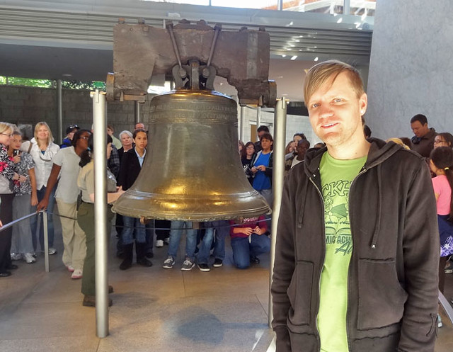 liberty-bell-pose