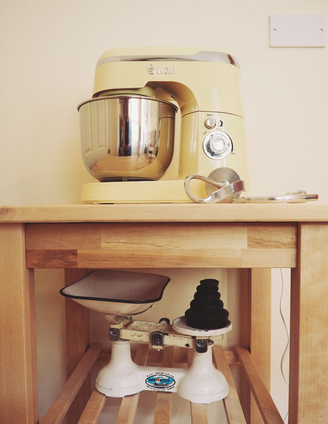 Swan vintage stand mixer and vintage scales
