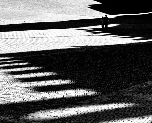 Sguardi tra luci ed ombre