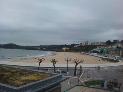 The beach at Comillas by simonharrisbcn