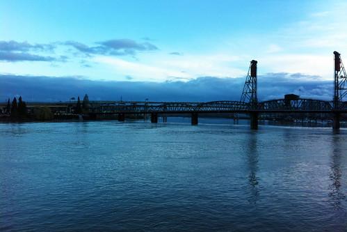 bridge sunset shadow usa water beautiful metal oregon america river portland downtown view unitedstates or unitedstatesofamerica columbia pacificnorthwest iphone 美国 appleiphone iphone4 俄勒冈州 appleiphone4