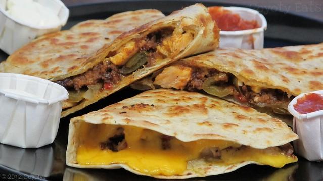 Chicken, cheddar & chili quesadilla
