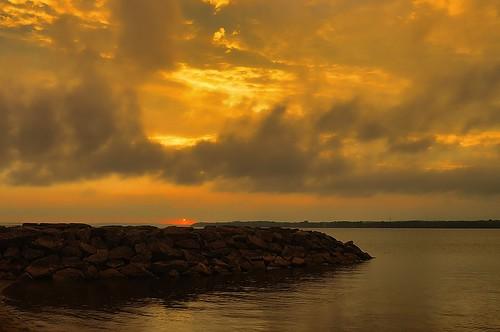 park sunset sky orange cloud sun west color reflection river landscape walk jetty ottawa britannia baech beyondhue