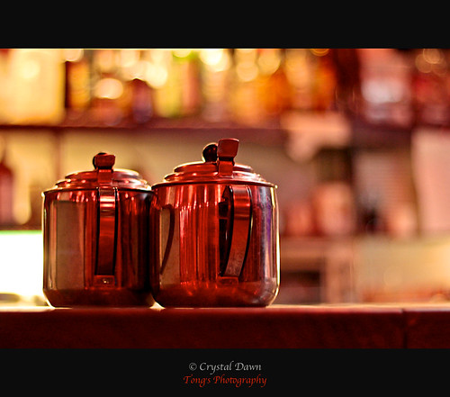 Teapots by Crystal Dawn 彤