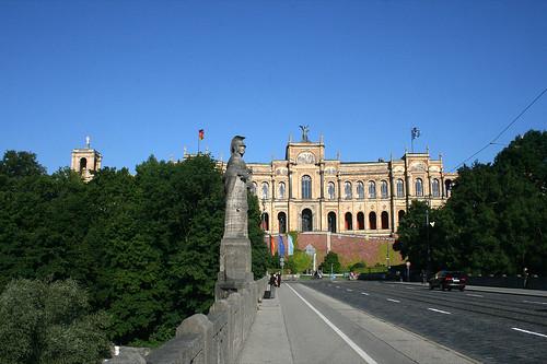 Maximiliansbrücke & Maximilianeum