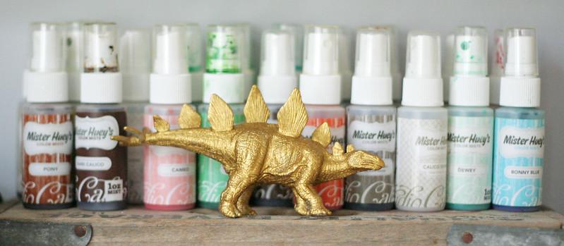 gold dino