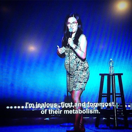 Ali Wong is hilarious, and who looks this cute 7 months pregnant?