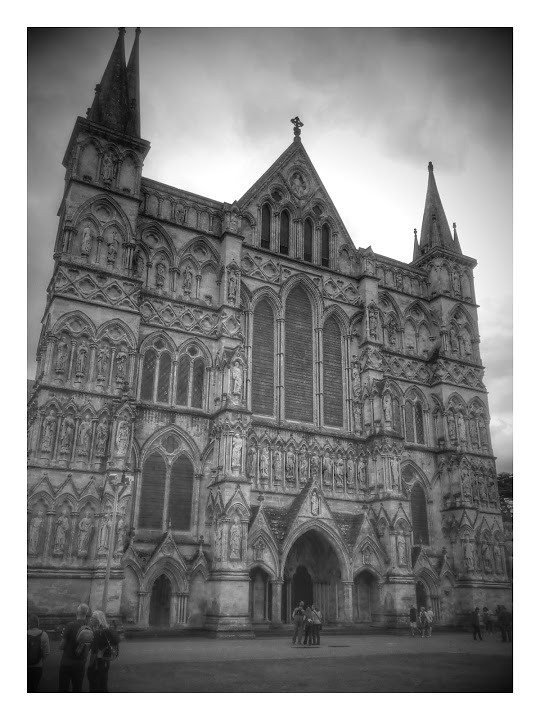 Salisbury cathedral Google munged this - I thought it did bring out the profile though