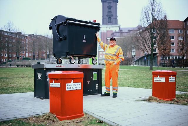 Werner Bünning takes a Trashcam picture