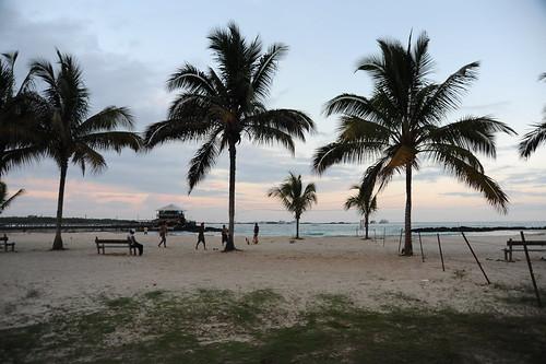 ホテルの前のビーチ