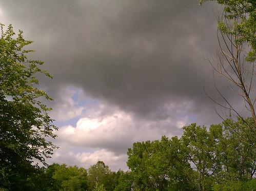 2012-05-01 - Clouds - 0001