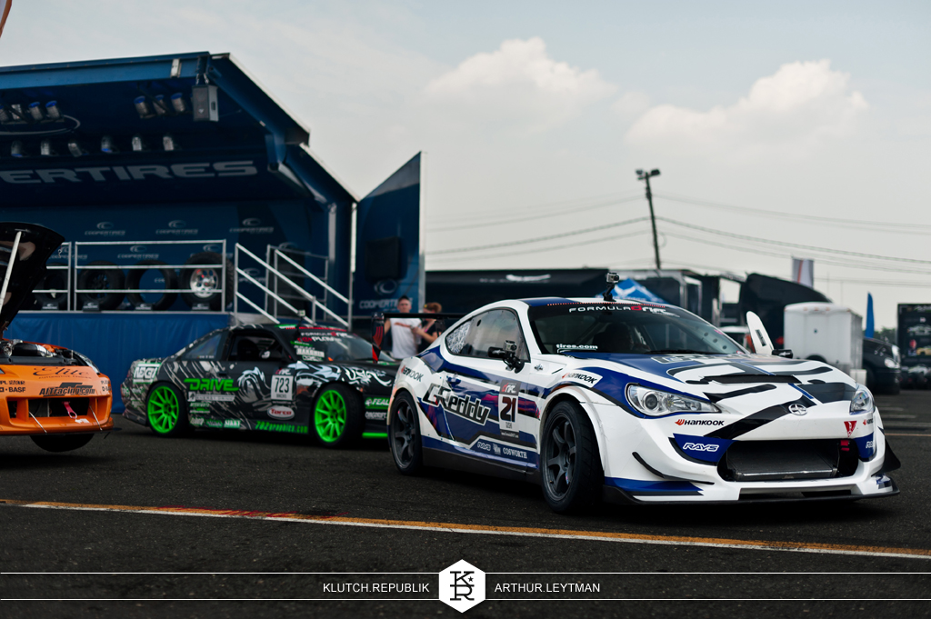 formula drift the wall new jersey nissan silvia 240sx 350z scion brz 370z s13 s14 s15 ford mustang falken hankook nos drifting drift sliding sideways e brake pull heel toe nation d-up racecars turbo sr20 sr20det 3pc wheels static airride low slammed coilovers stance stanced hellaflush poke tuck negative postive camber fitment fitted tire stretch laid out hard parked seen on klutch republik