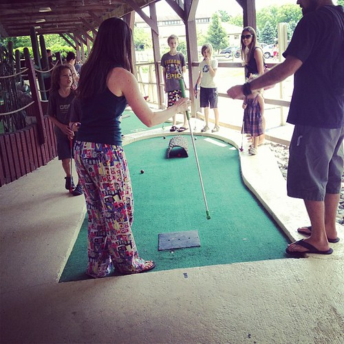 Mini golf tourney at the FOTR rally