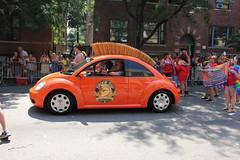 automobile(1.0), volkswagen beetle(1.0), vehicle(1.0), automotive design(1.0), volkswagen new beetle(1.0), subcompact car(1.0), city car(1.0), land vehicle(1.0),