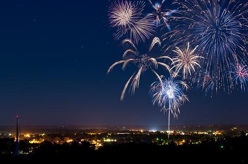 california usa america landscape unitedstates fireworks unitedstatesofamerica fourthofjuly 4thofjuly redding sundialbridge independencedayconventioncenter
