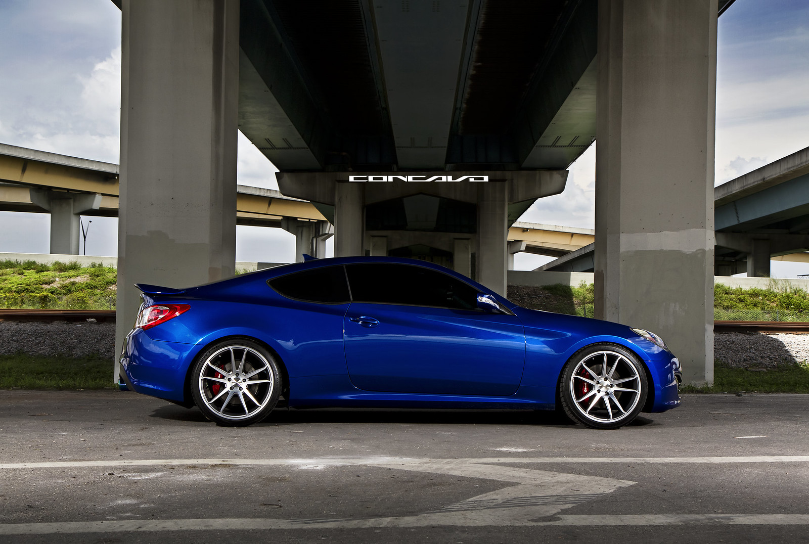 Genesis Coupe Lowered On Concavo Cw S5