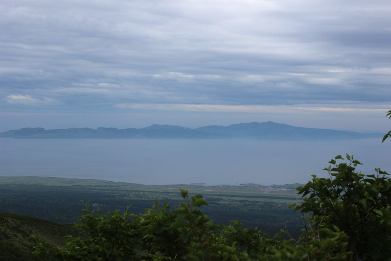 利尻岳から見える礼文島